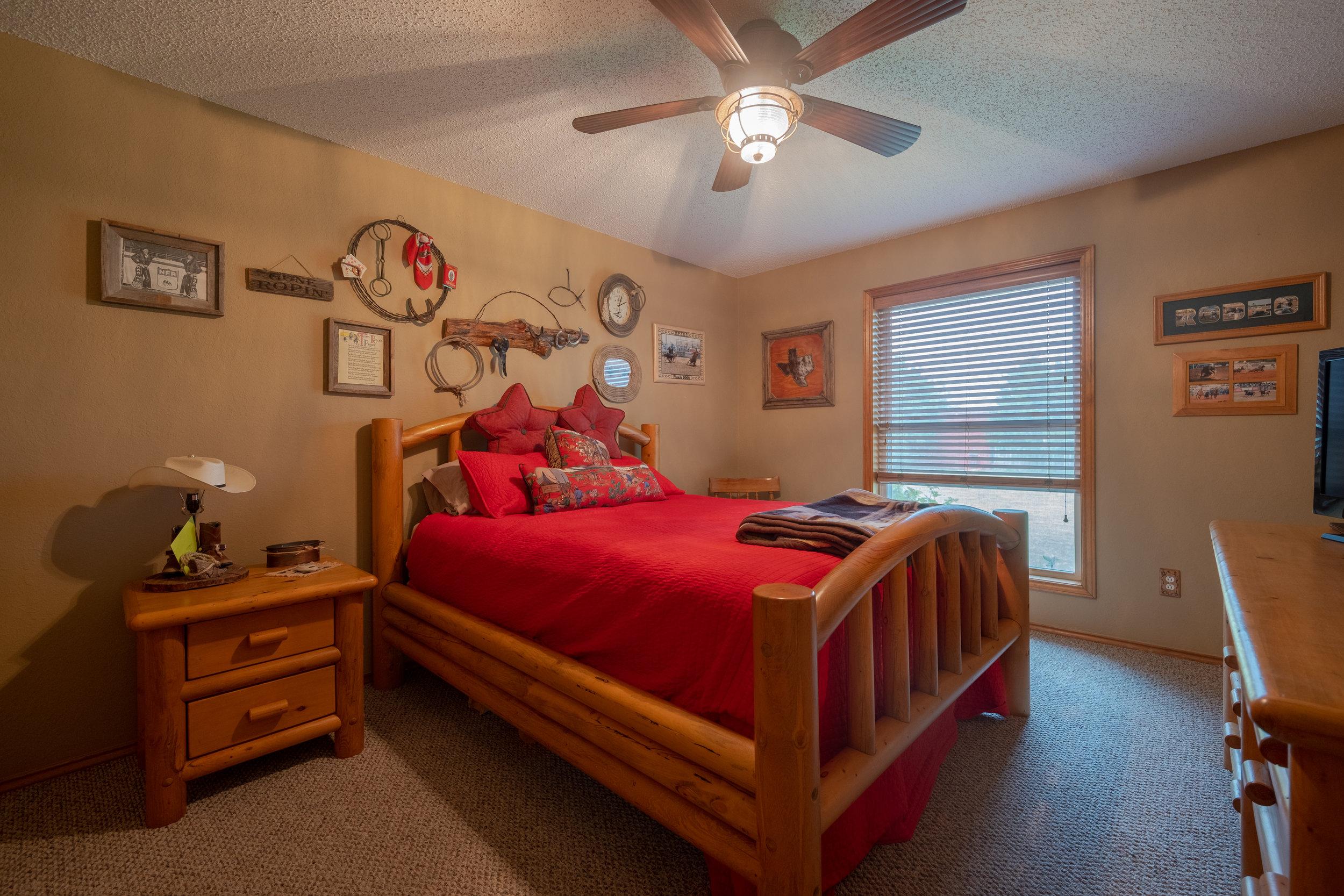 H1 - Bedroom 2-1.jpg