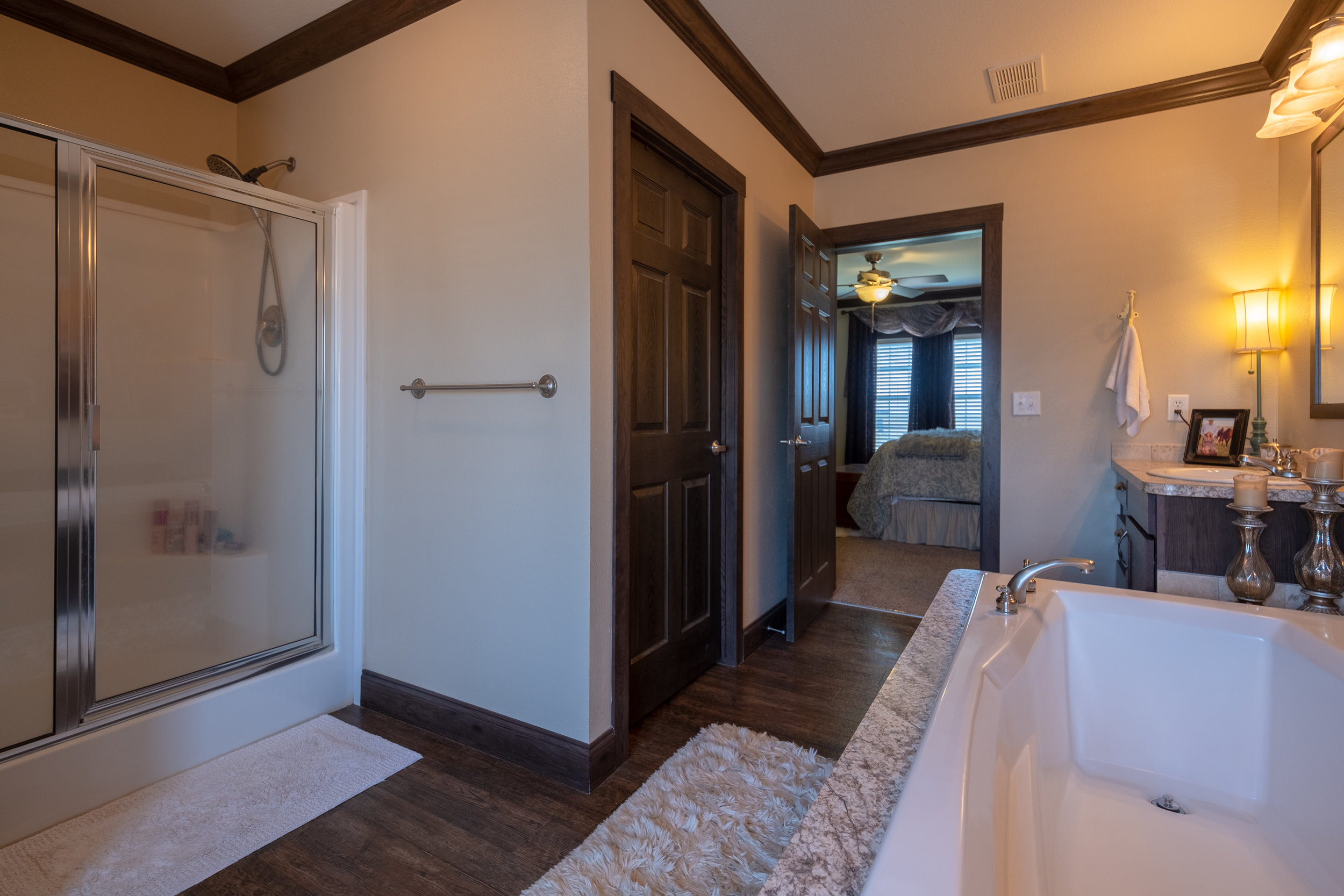 H2 - Master Bathroom-2.jpg