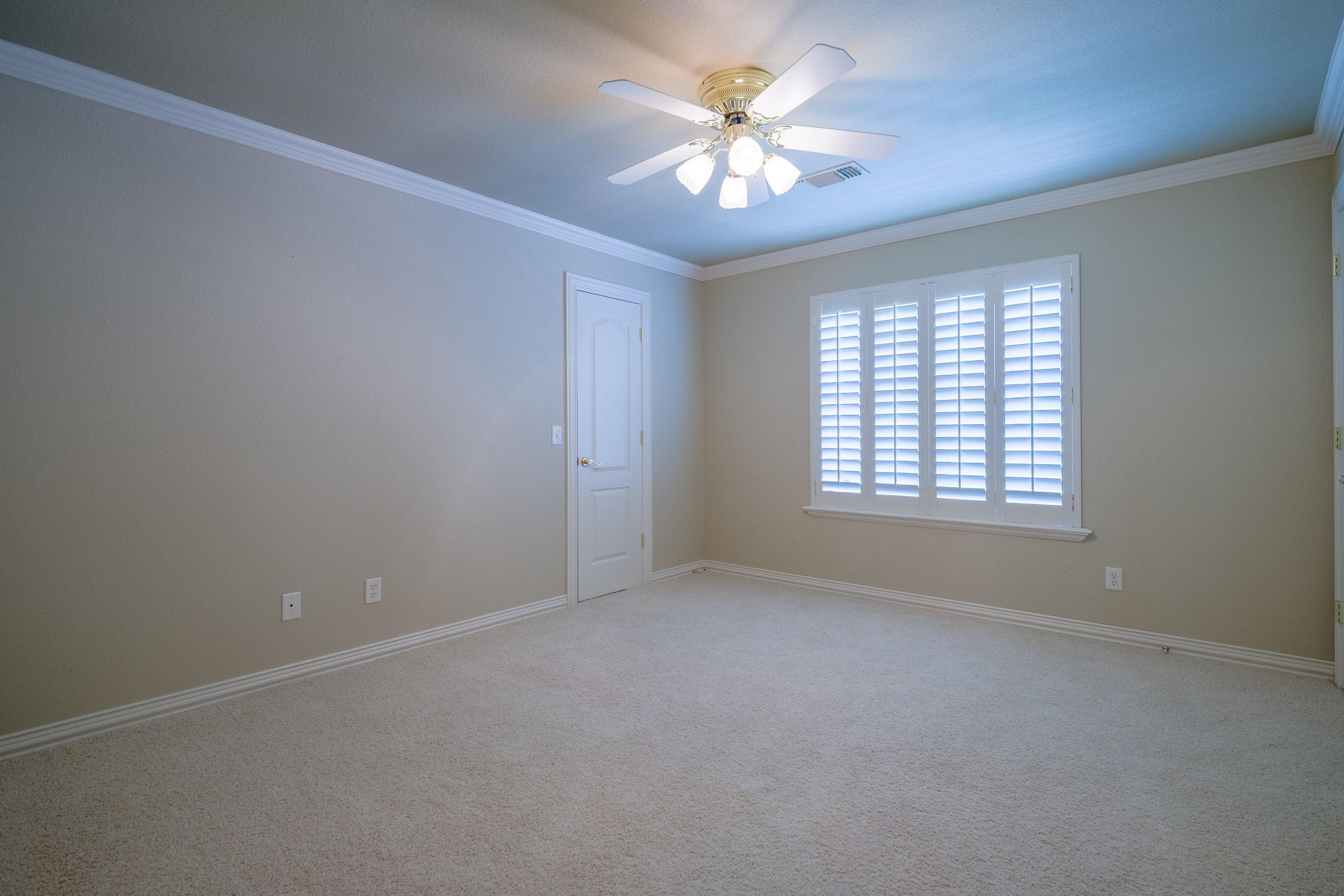 Bedroom 3 (upstairs)-1.jpg