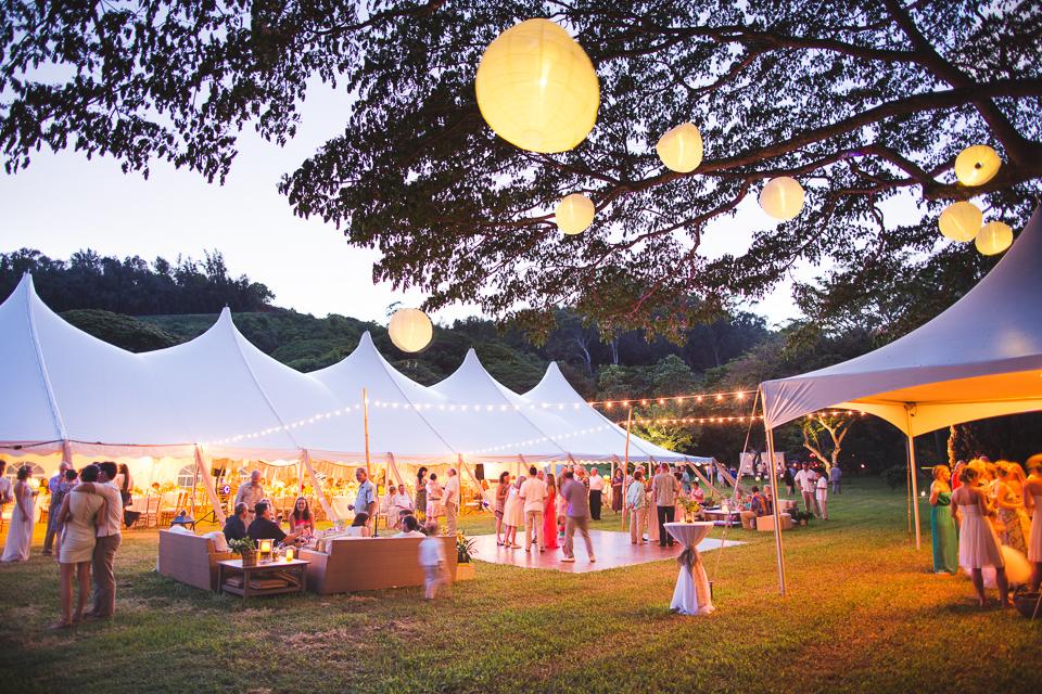 poipu-botanical-gardens-tent.jpg