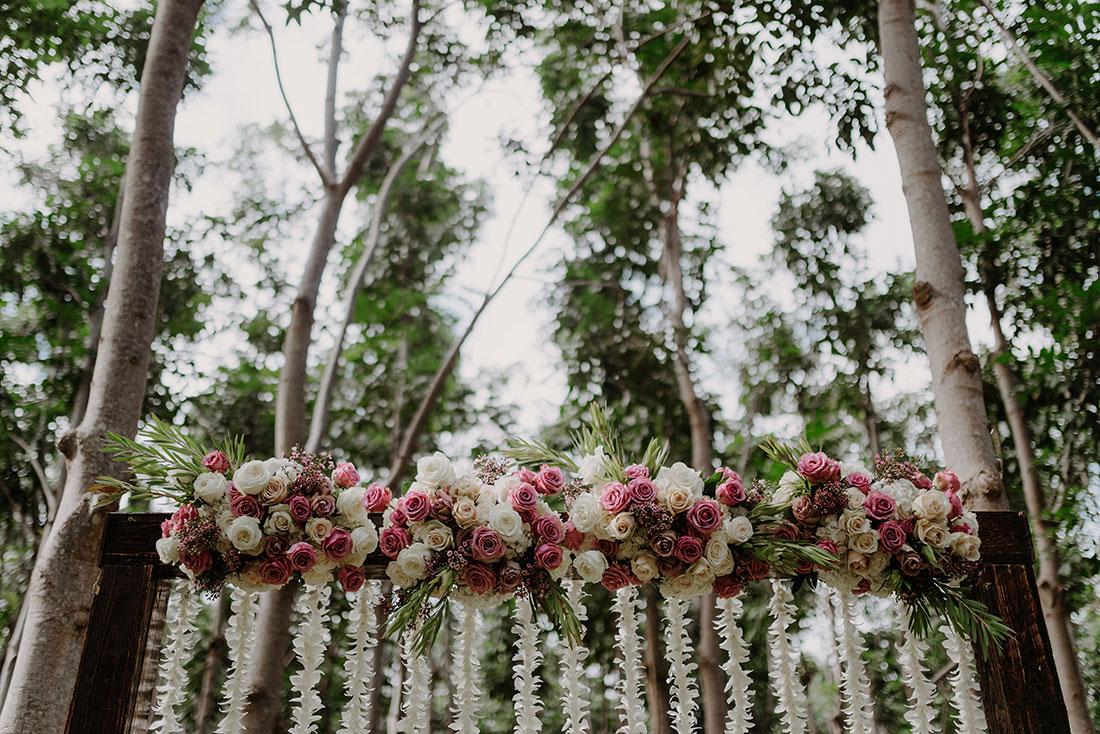 kauai-wedding-arch.jpg