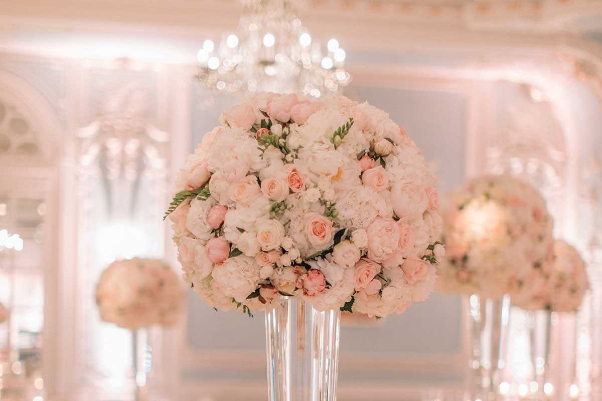 Pink roses centrepieces