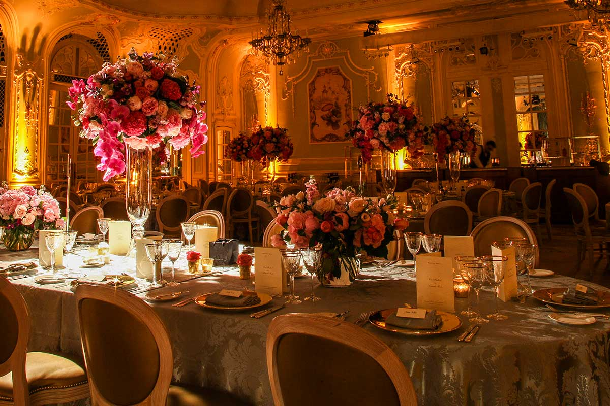 Wedding setting tablescape ballroom wedding