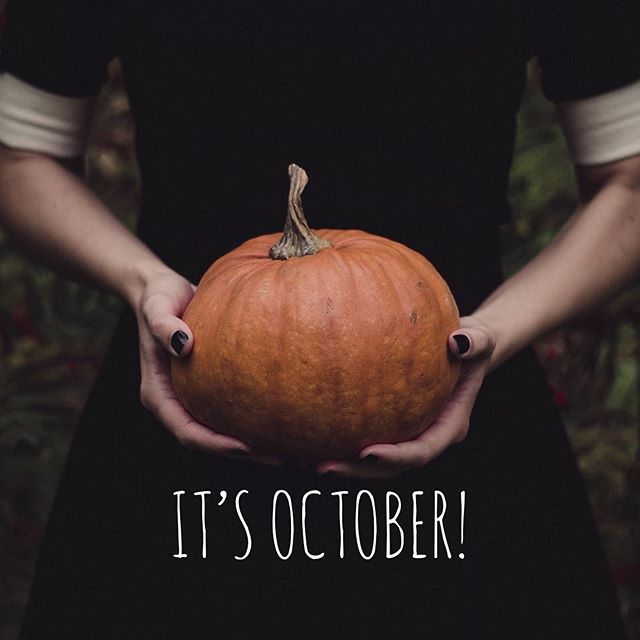 Welcome to a new month, a new beginning, and to the holiday season! 🎃 🦃 🌲 We are praying for YOU and your little pumpkin! 🧡🍁🍼