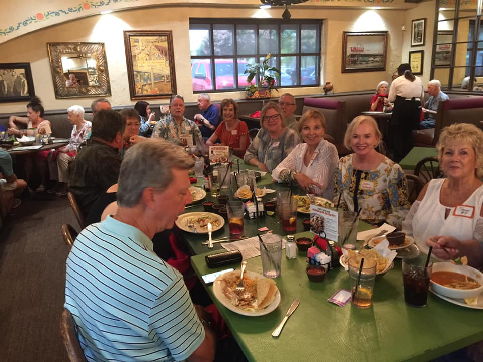 Lunch Pop Up Lake Highlands Class of 1970 Aug 2019.jpg