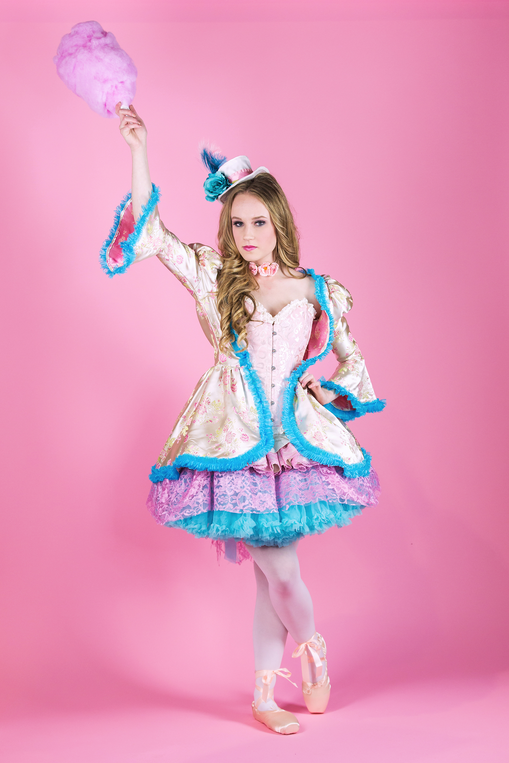 Girl-costume-cotton-candy.jpg