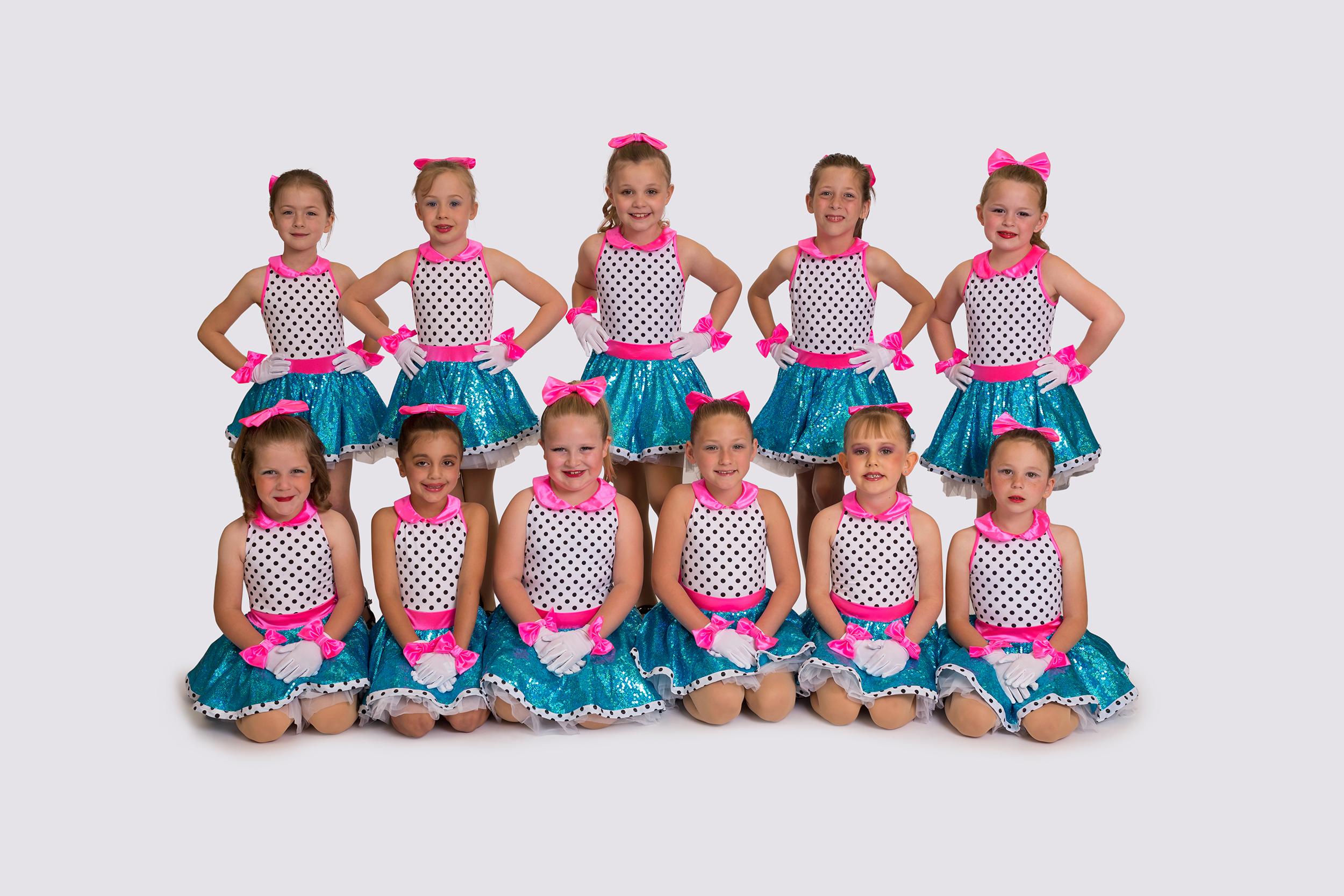 Girls-dance-tap-group.jpg