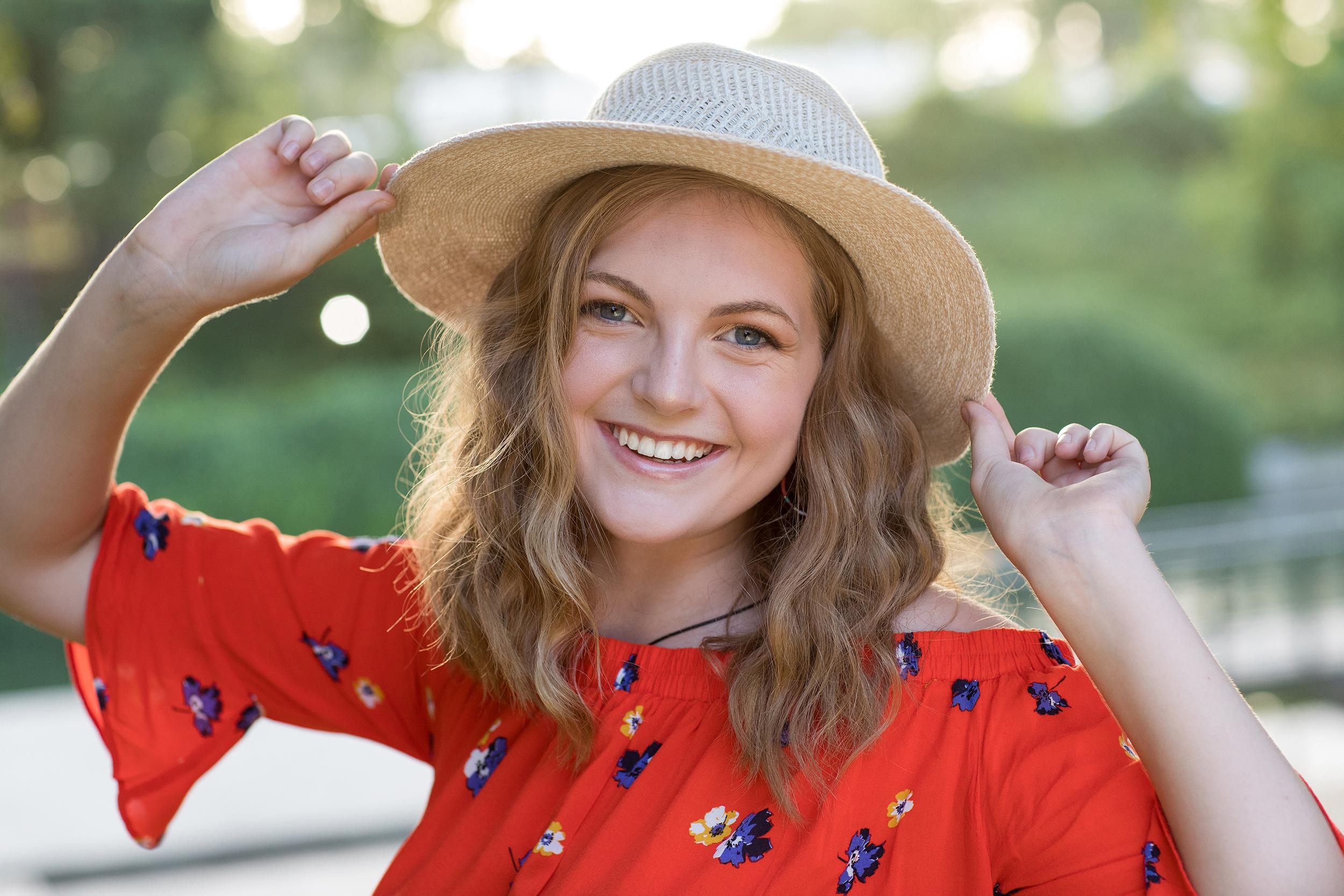 Teen-girl-hat-pearl.jpg