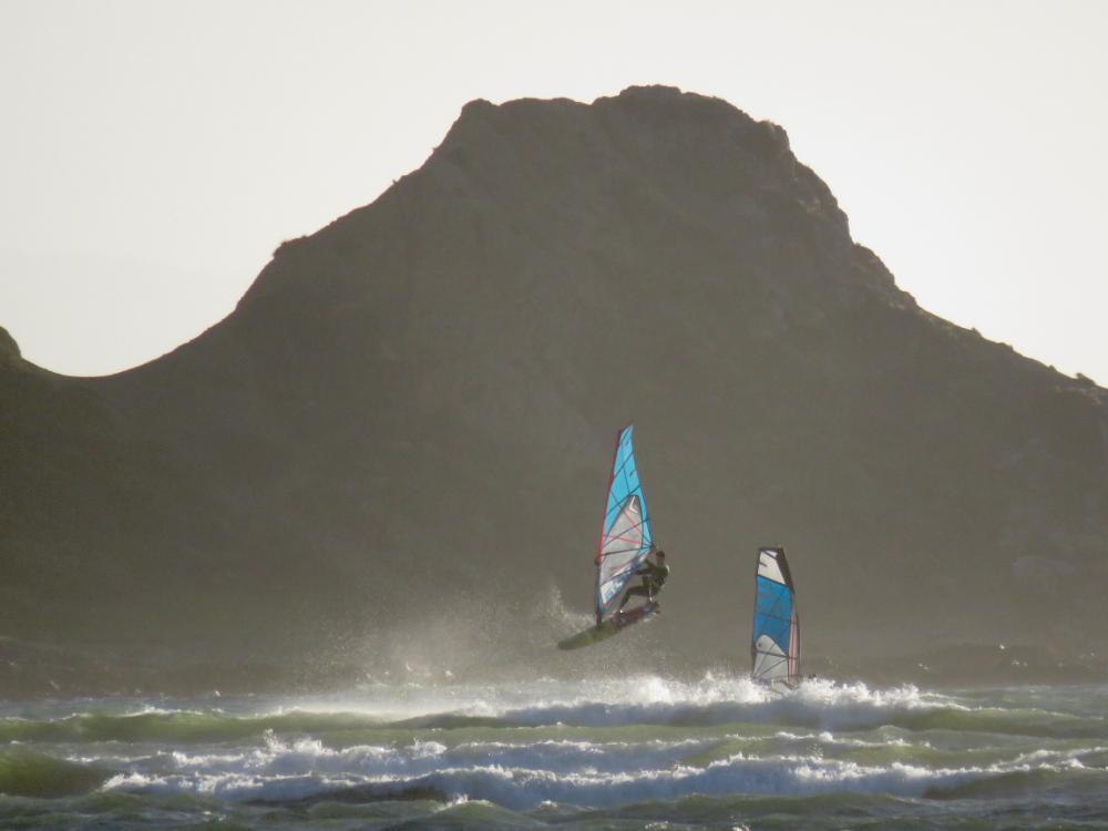 William-Novak-Windsrf-jumping