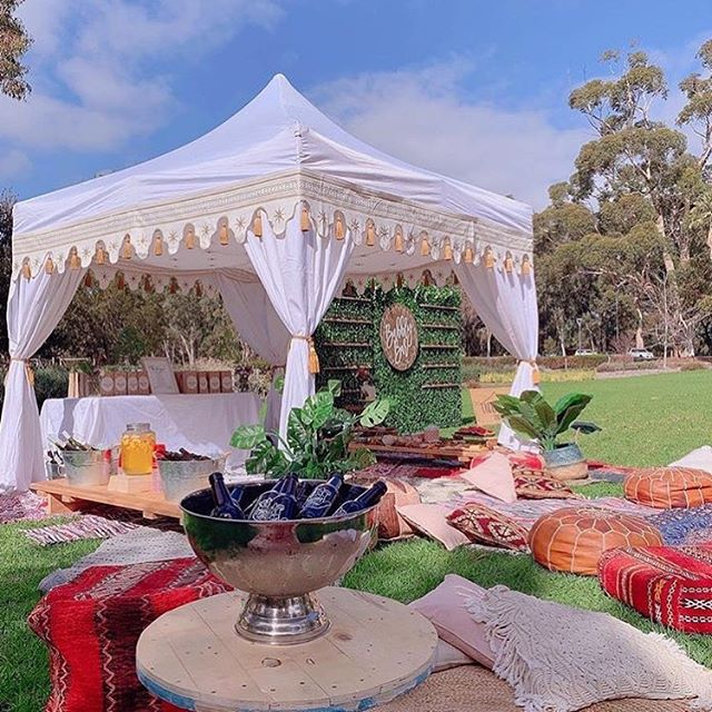 🌟Whether you are organising a party, hens, baby shower or birthday celebration then @undercover.events are your go to local business for tents and accessories! 🌟Coupled with our mobile bars this set is the perfect set up for something just that little bit different. Oh and colourful 🌈 Contact us to find out how you can add some magic to your next event 💫 . . . #caravanbar #mobilebar #vintage #vintagecaravan #willow #vintagecaravanbar #mclarenvale #mclarenvalewine #mclarencvalewedding #fleurieu #sa #southoz #southaustralia #adelaidehills #adelaidehillswines #hills #barossavalley #barossawines #Adelaide #wedding #adelaidewedding #vintageweddings #fleurieuweddings #champagnewall