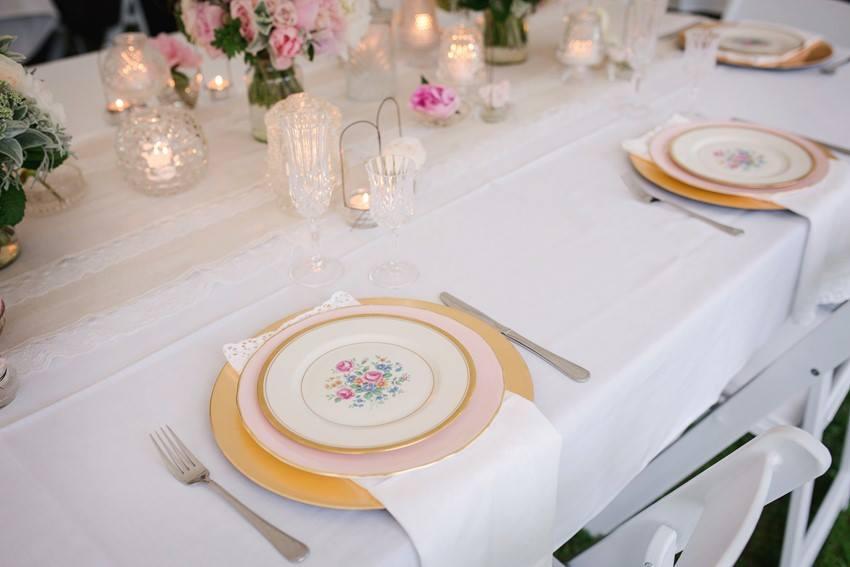 White Lace Edged Linen Napkins I $2.50 I Qty 120