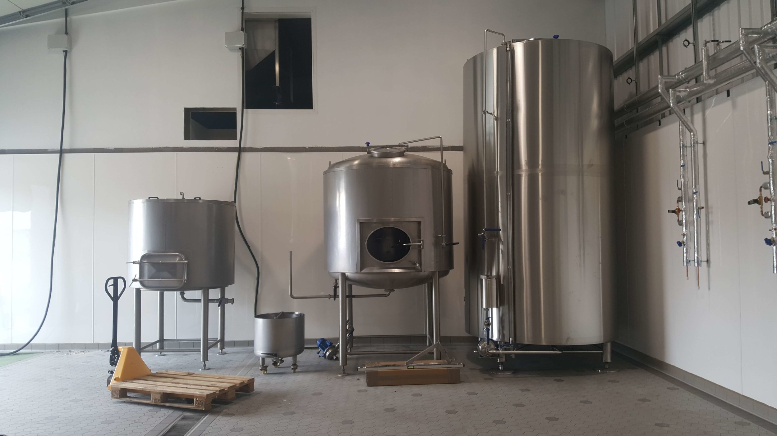 - mash tun, copper and hot liquor tank are in position