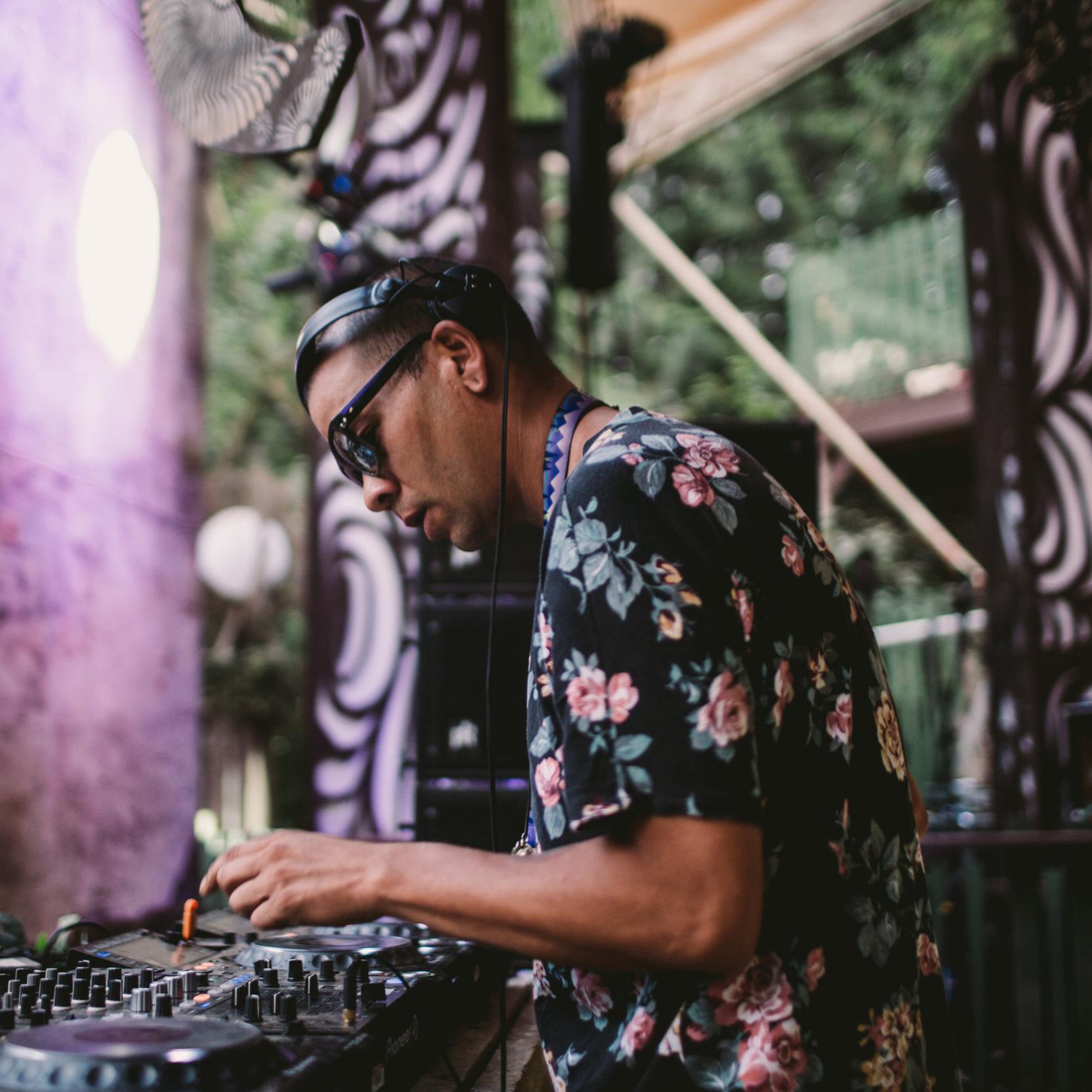 DJ CAIN.1 [ SERIAL KILLAZ ]