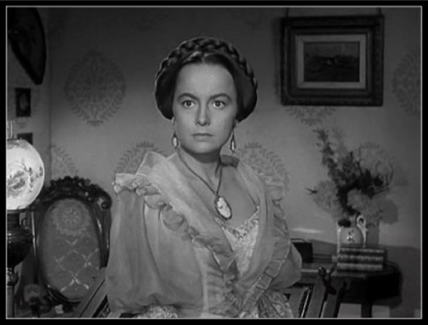 The Heiress - Catherine (Olivia de Havilland), a young woman who stands to inherit her father's large fortune, falls in love when she meets Morris (Montgomery Clift), who gives her the love and affection her father doesn't, and which she desperately needs. Film directed by William Wyler.(Drama: 1hr & 55min)