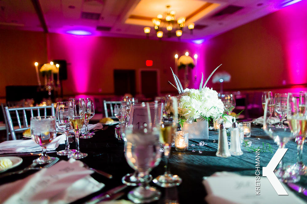High Peaks Resort wedding table.jpg