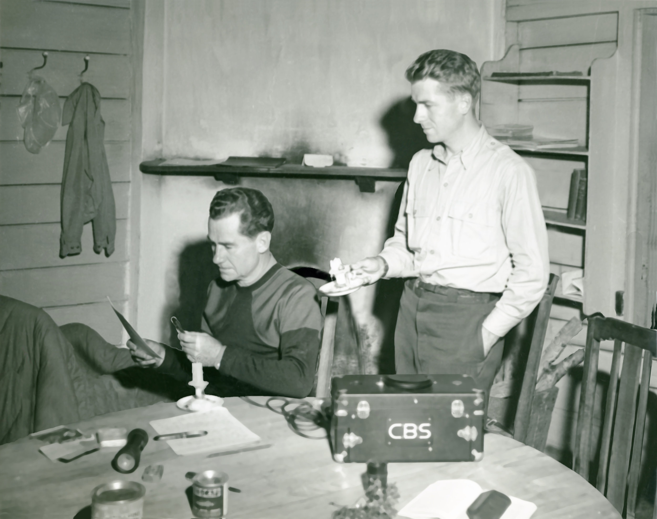 Voice of America: Lowell Thomas and the Rise of Broadcast News - Director: Richard MoultonCountry: USARun Time: 1 hour 25 minutesLanguage: English