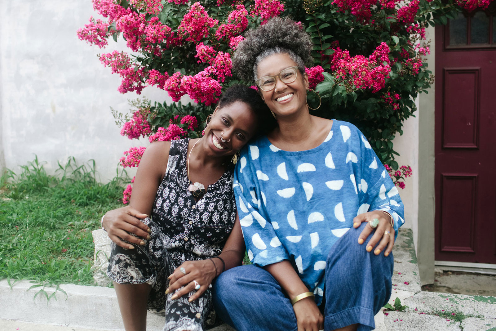 Our Mothers Kitchens Founders Khaliah D. Pitts (r) and Shivon Love. Photo by Adachi Pimental.
