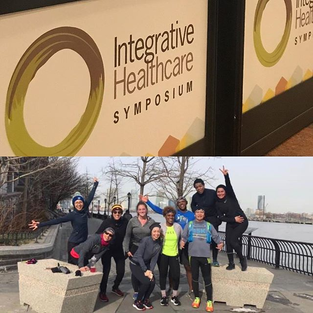 Weekend of education and movement 🏃🏻‍♀️ Checked out the newest products and services at the Integrative Healthcare Symposium...sampled #paleoballs, #bonebroth, TOO much #cbdoil... Met up with @jackrabbitwestsidenyc running group  NYC ➡️ Brooklyn, saw family & friends 🍷🥑 #nycruns #racetraining #11milesdone #nutrition #education #research #integrativemedicine