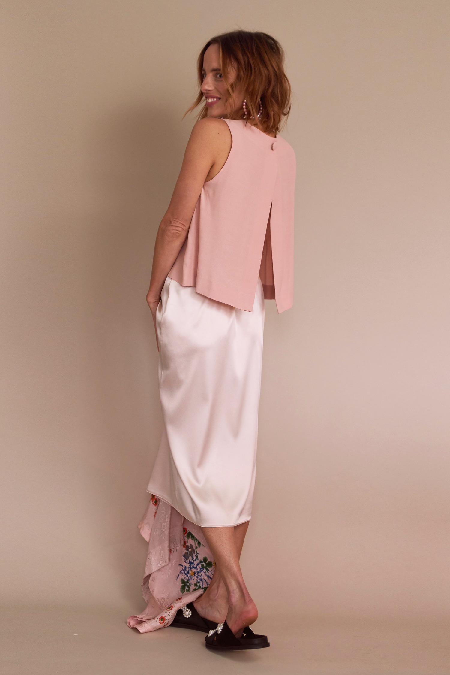 Rosa Macher Sleeveless Top 001 in Blush and Slip Skirt 001 in Pearl