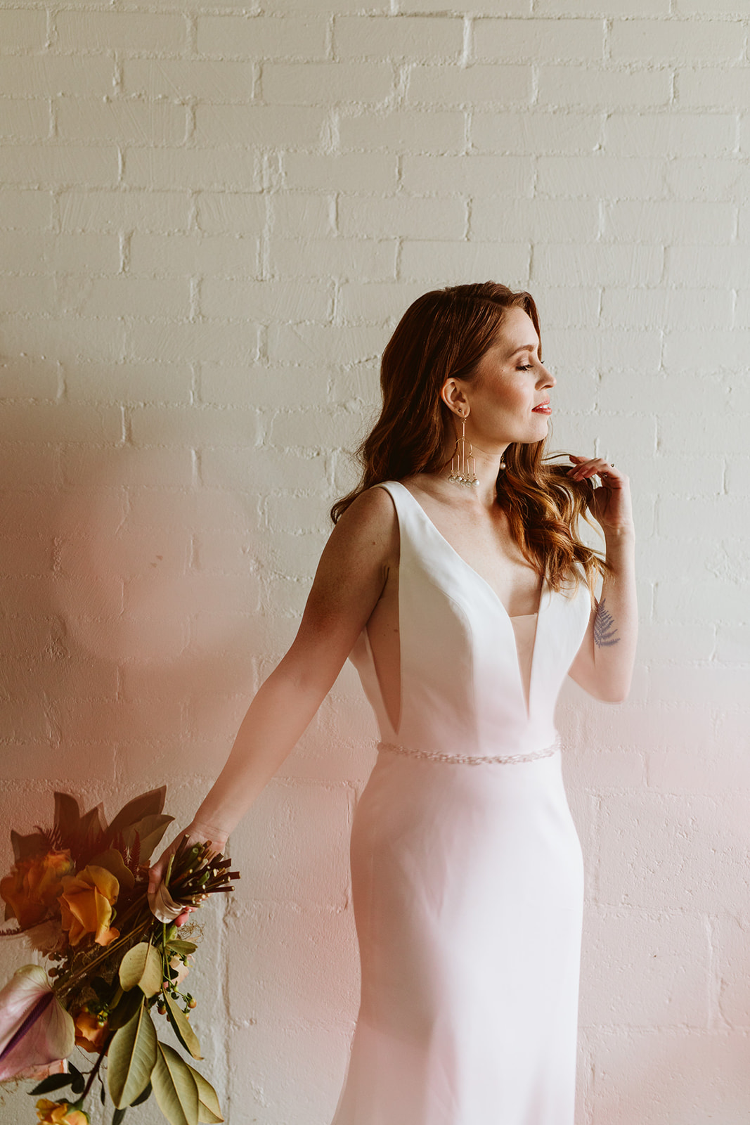 foreground photo. foreground photography. boho bridal. natural bride. elegant bride. relaxed elopement. loft elopement. whimsical wedding. moody photography. earthy photography. natural photography.
