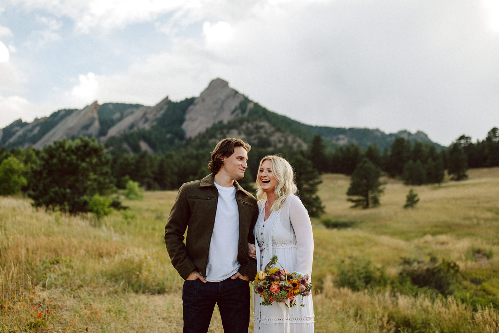 couples elopement in colorado with bouquet