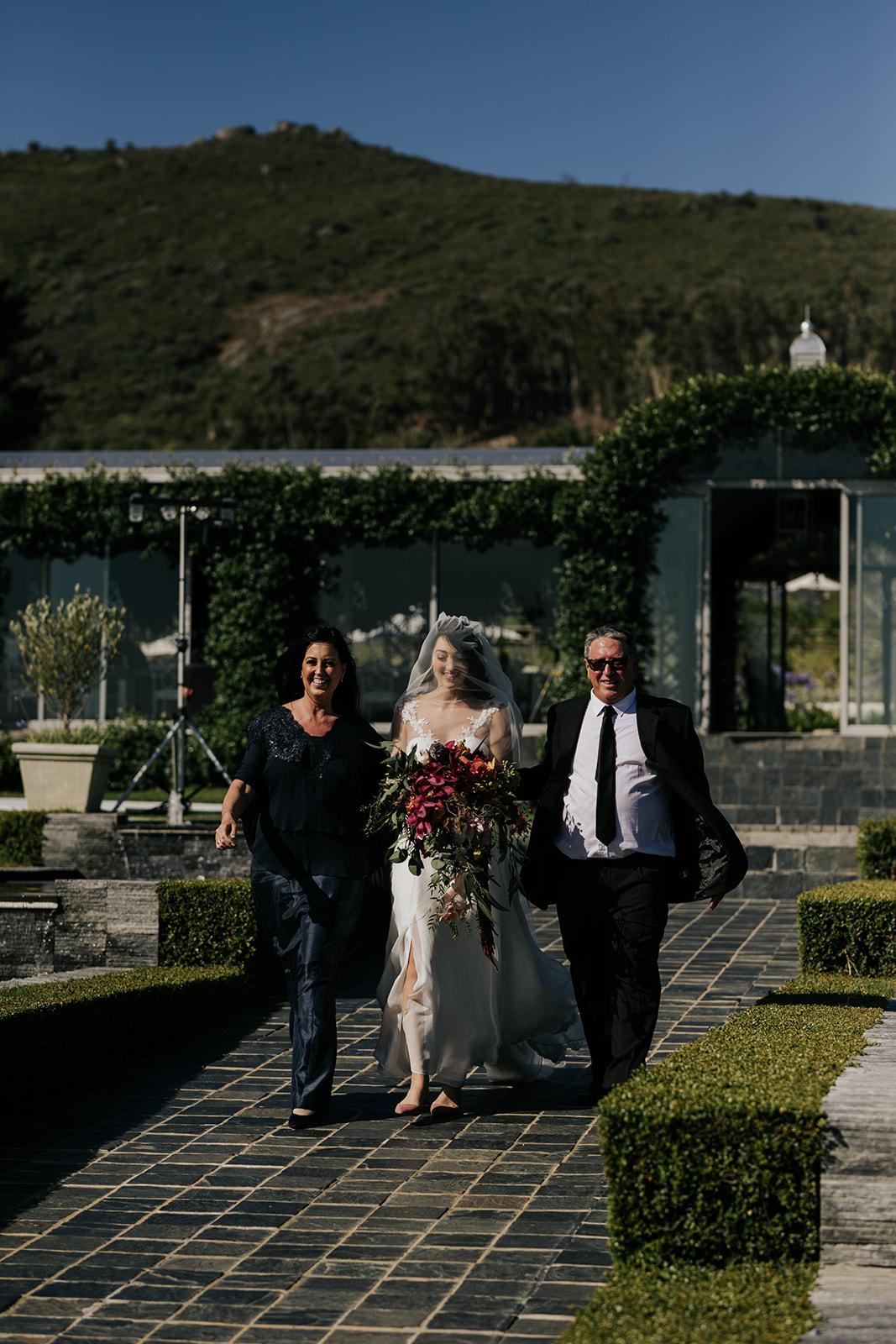 Cape Town wedding florist bride