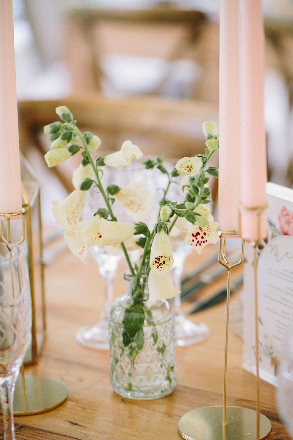 Wildeflower wedding flowers 28