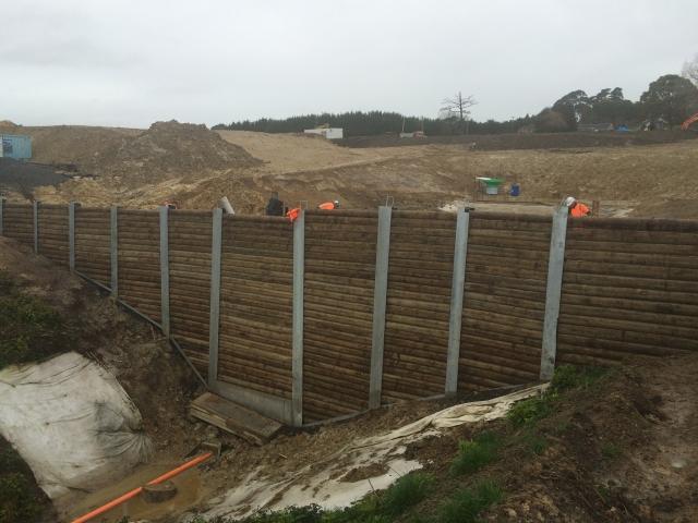 Retaining_wall_timber.jpg