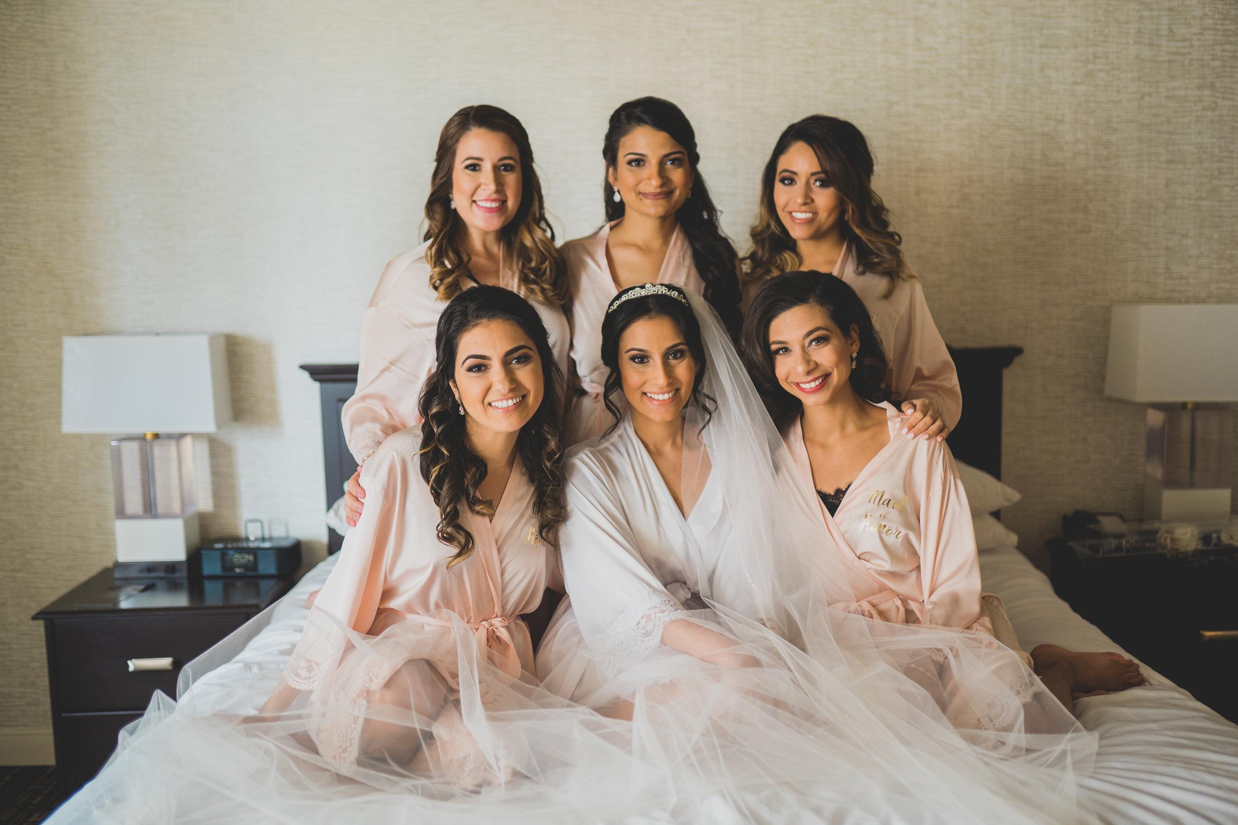 sugar-land-tx-wedding-photography-marriott-bridesmaids
