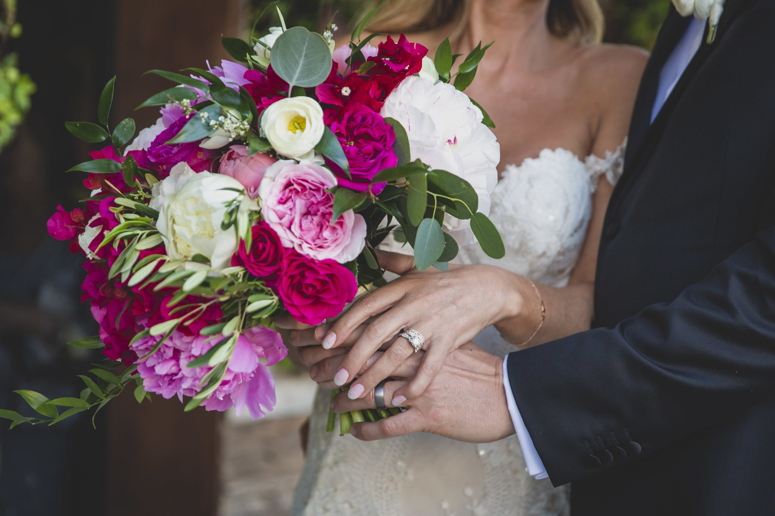 Wedding Photography Packages - Heritage Park, Dana Point, CA - The brides bouquet