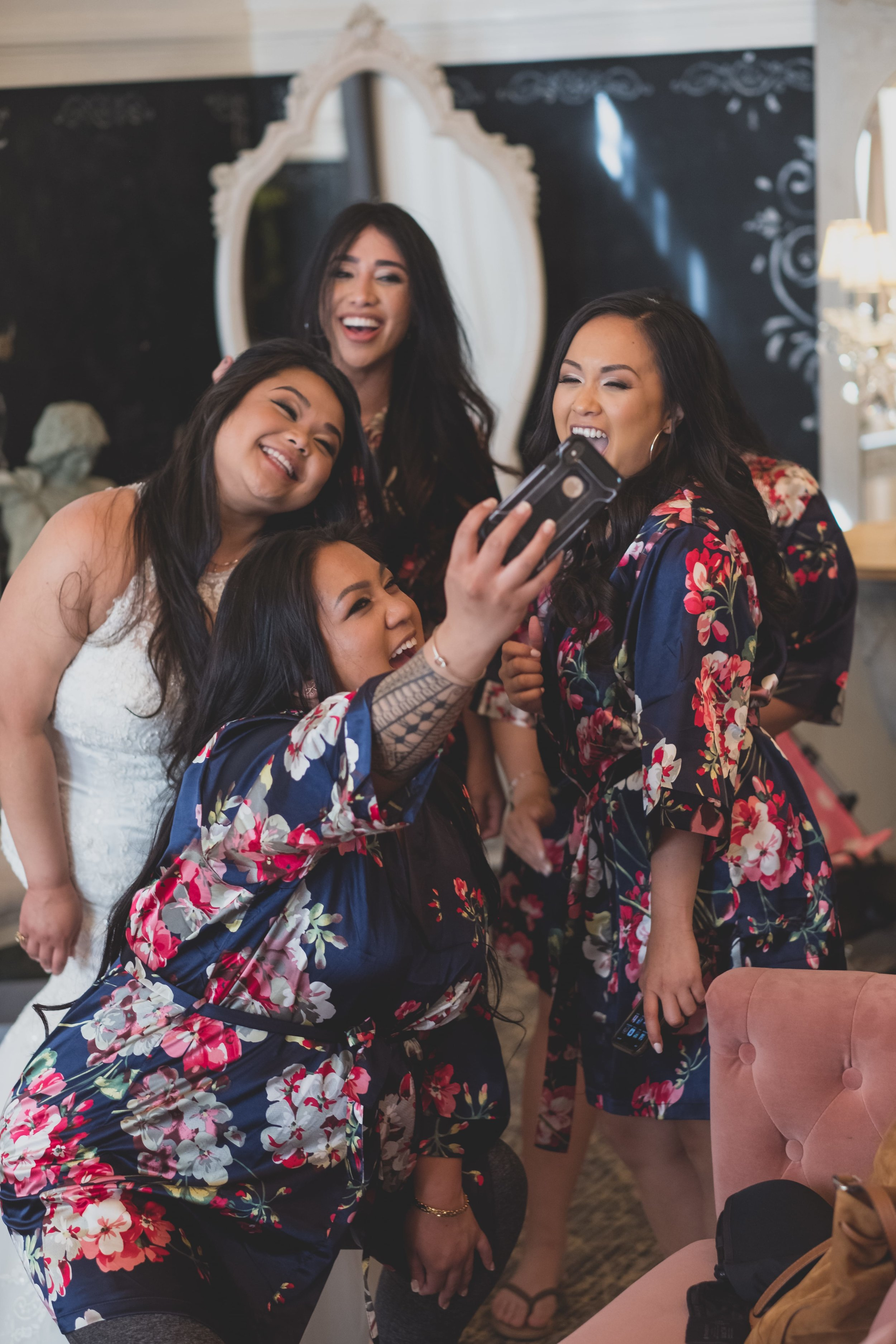 Wedding Photography - Wedding Survival Kit - Bride and Bridesmaids