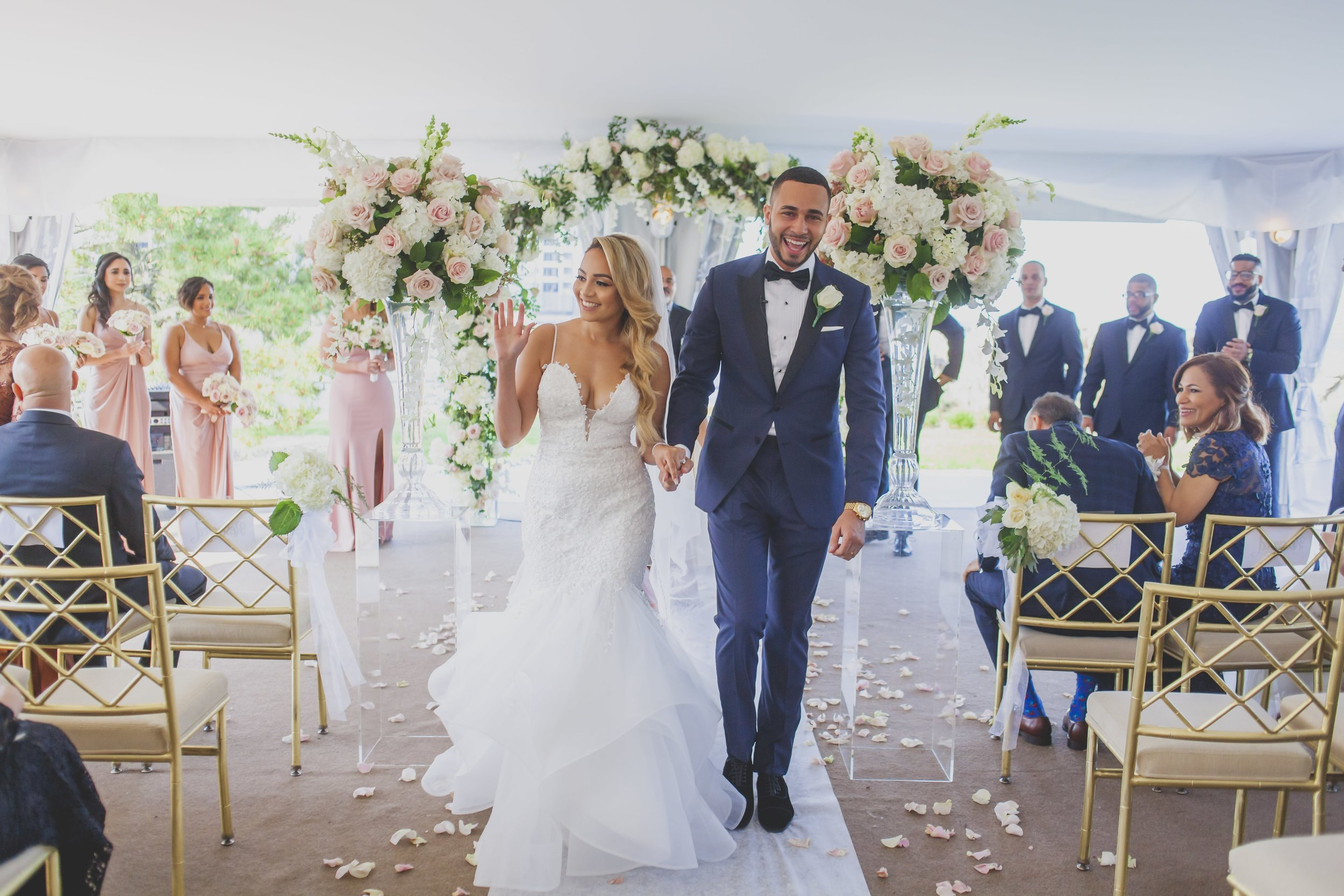 Summer Wedding Trends 2019 - Bride and groom exit their ceremony.