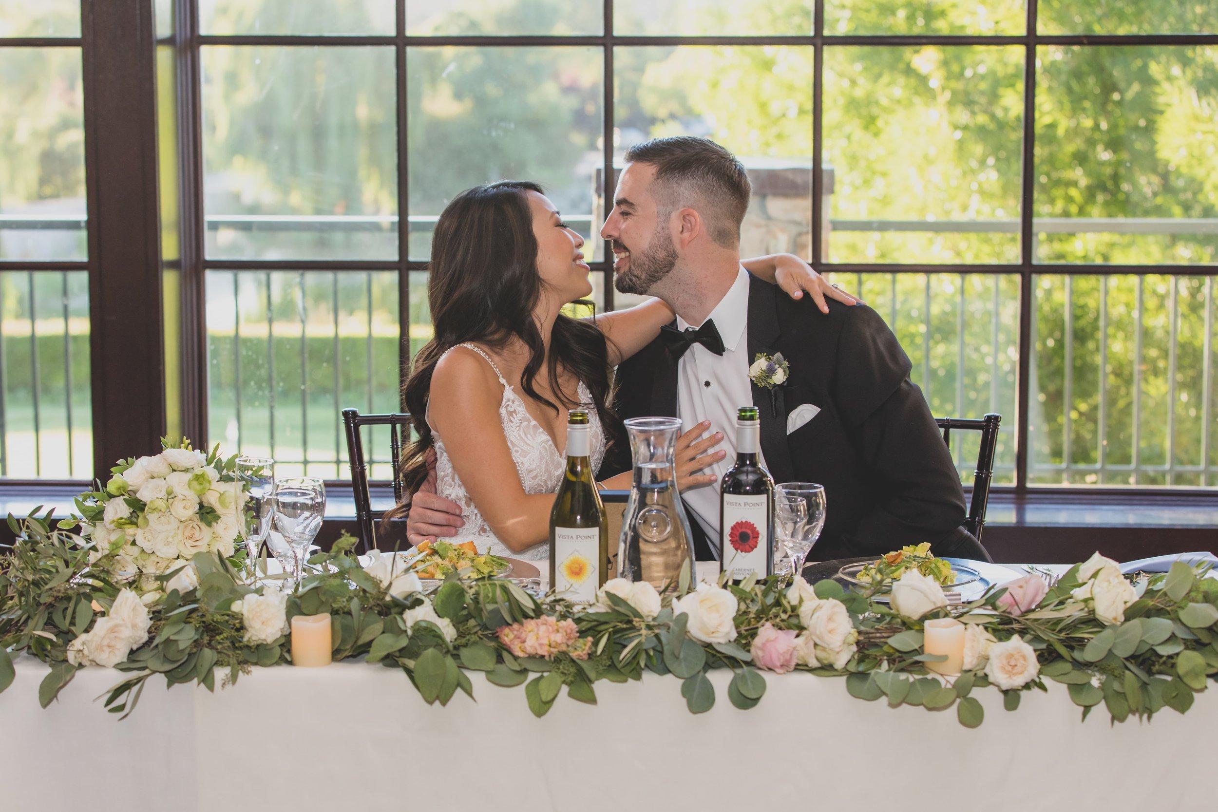 wedding-seating-chart-couple