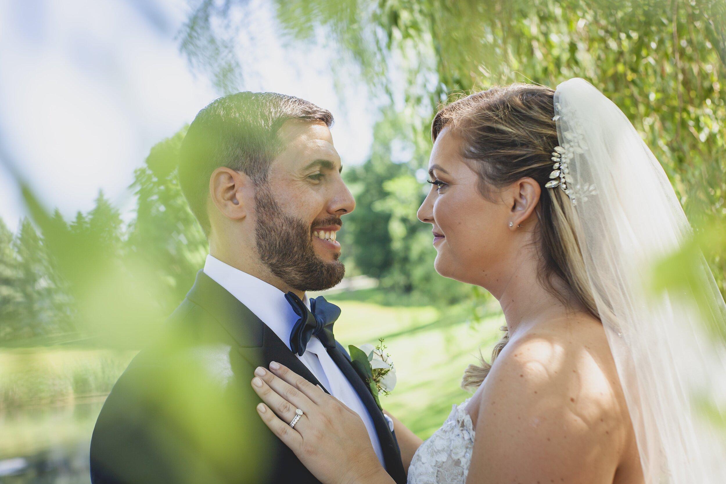 wedding-photography-ct-the-barns-at-wesleyan-hills-couple
