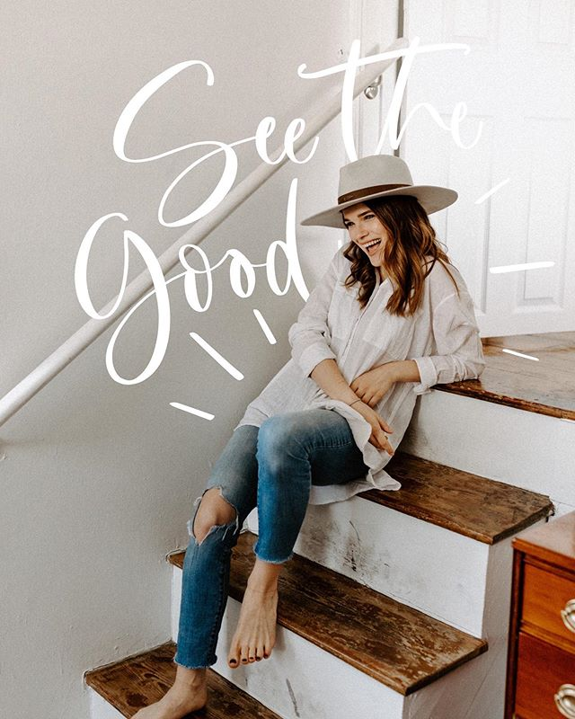 Today I encourage you to see the good in all things. To train your eyes to see the things that make people shine (including yourself), and to let the not so good stuff fall away. There is good in every person, in every situation, in every season, and I believe it's worth searching for. ⠀⠀⠀⠀⠀⠀⠀⠀⠀ In the spirit of this, drop a lil encouragement to your best gals below and tell them why you love them! 🙌🏻🧡✨ ⠀⠀⠀⠀⠀⠀⠀⠀⠀ Photo: @stephandtaylorphoto Lettering: @emmafretzcreative  #inspiredbythis#makeitblissful#flashofdelight#darlingmovement#wandeleurspark#discoverunder5k#myeverydaymagic#hellocolor#howihue#abmlifeisbeautiful#kwawesome#museumofthebible#thingstodokw#seeingthepretty#beautyyouseek#captureyourstyle#todaysgoodthing#prettycreativestyle#livemorwmagic#ofsimplethings#chooselovely#lovelysquare#handlettering#moderncalligraphy#calligraphyworkshop#etsycanada#etsykw