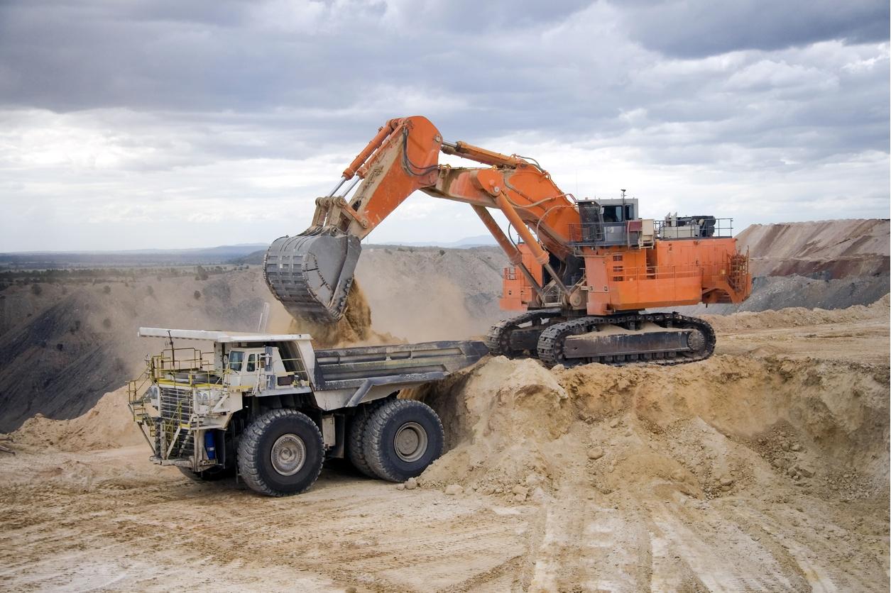 Extreme Excavtors Mackay.jpg