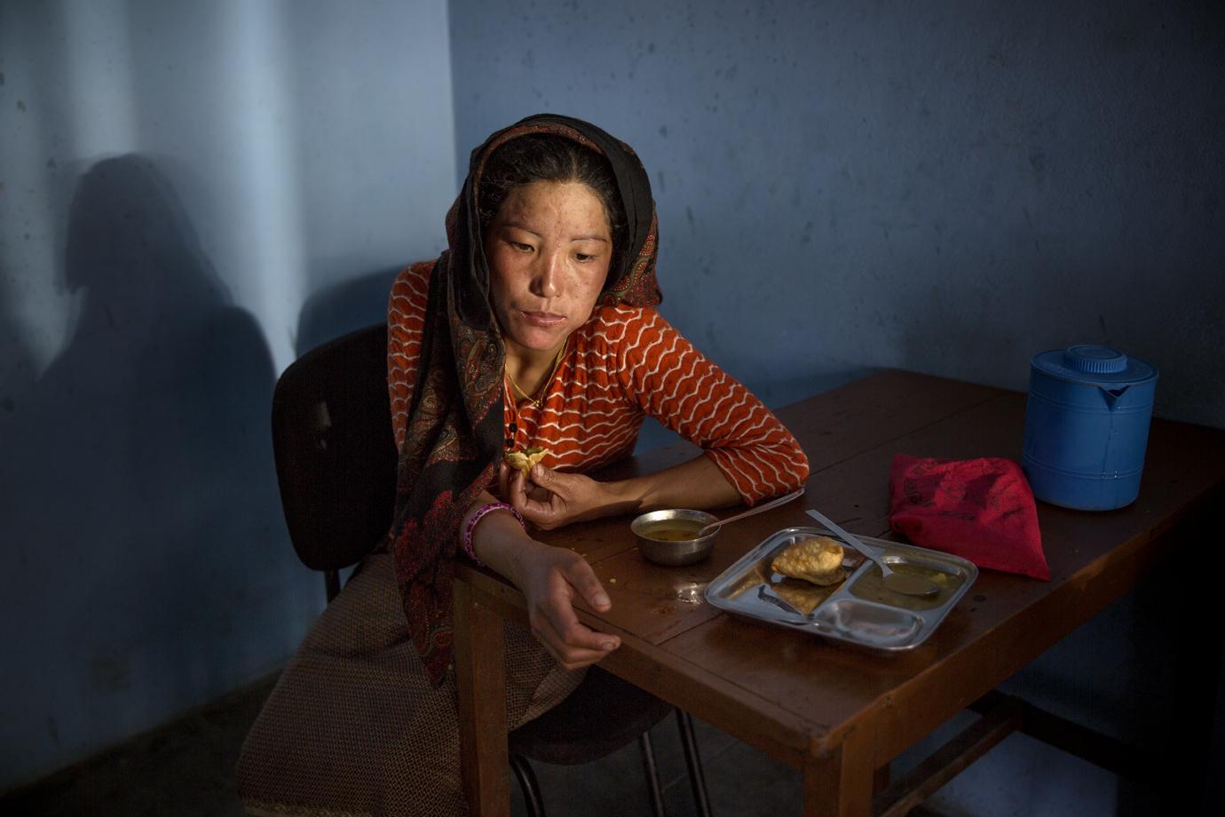 Earthquake surviver, Gurkha region / Nepal