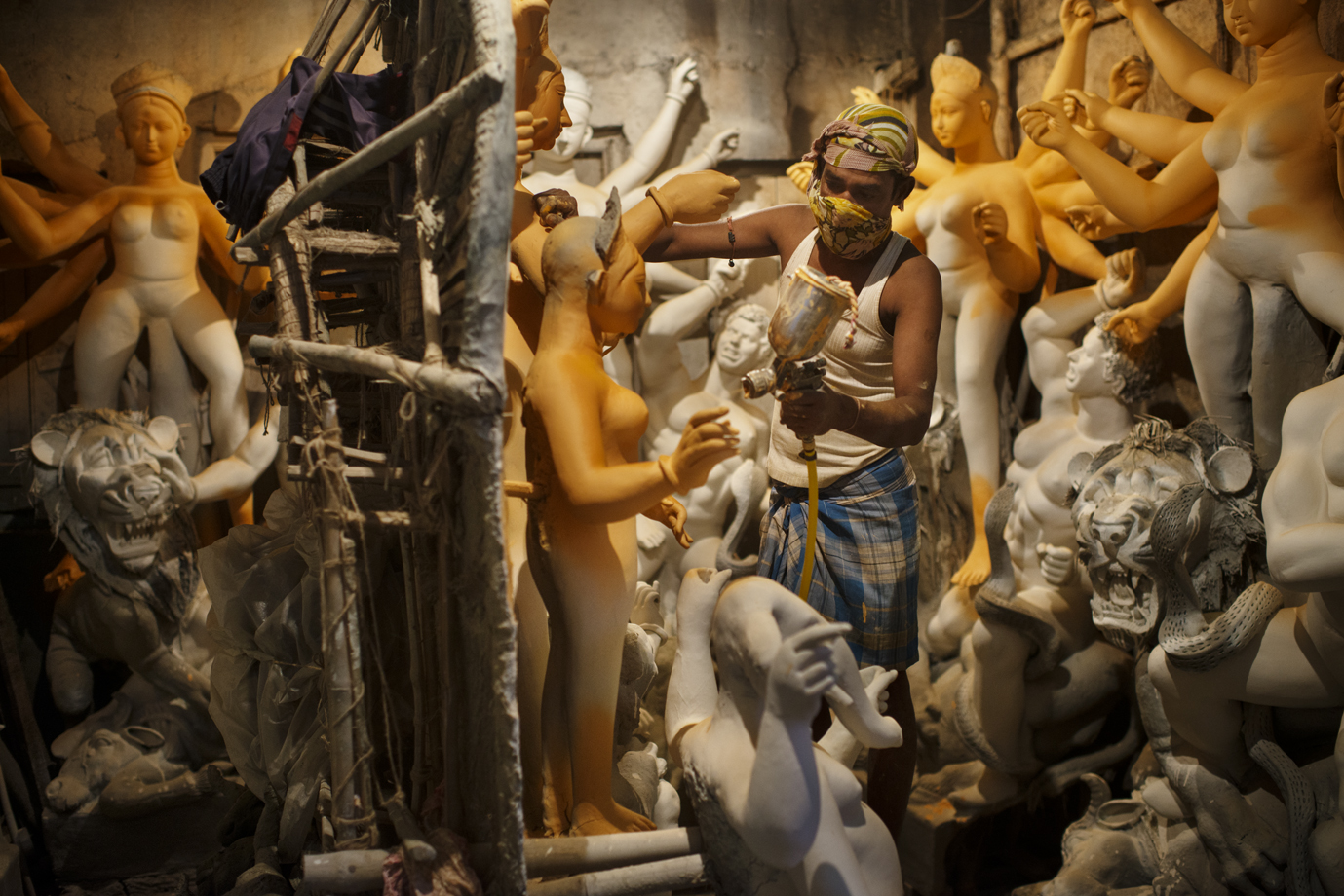 Statue manufacturer, Calcutta/ India
