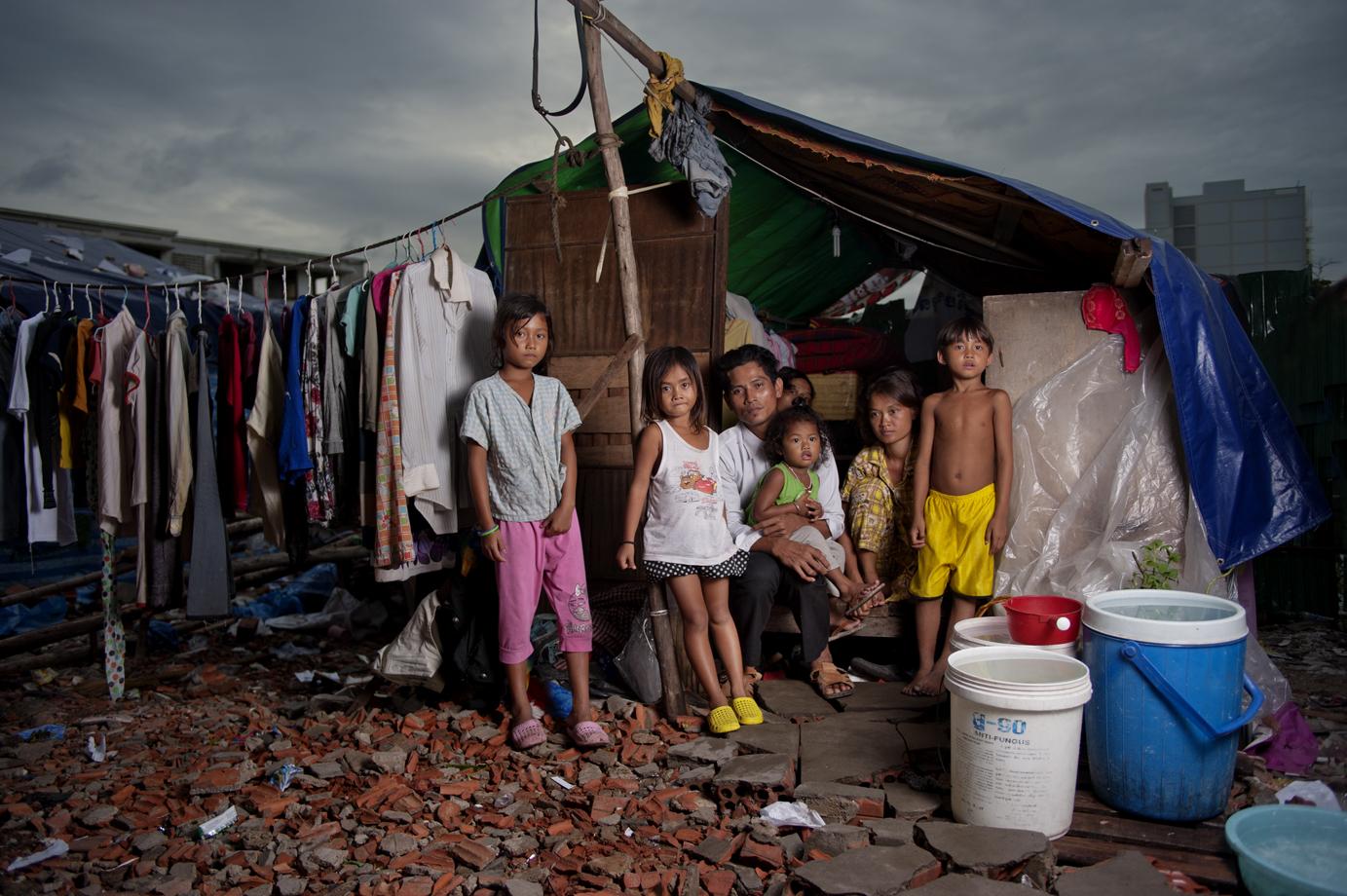 Family displaced by land grabbing, Phnom Penh / Cambodia