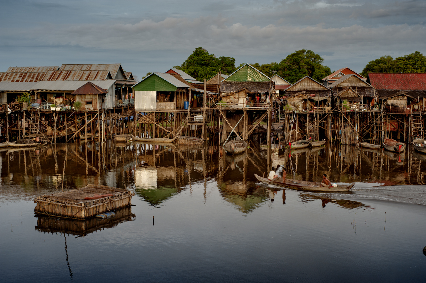 Floating village, Tonlé Sap / Cambodia