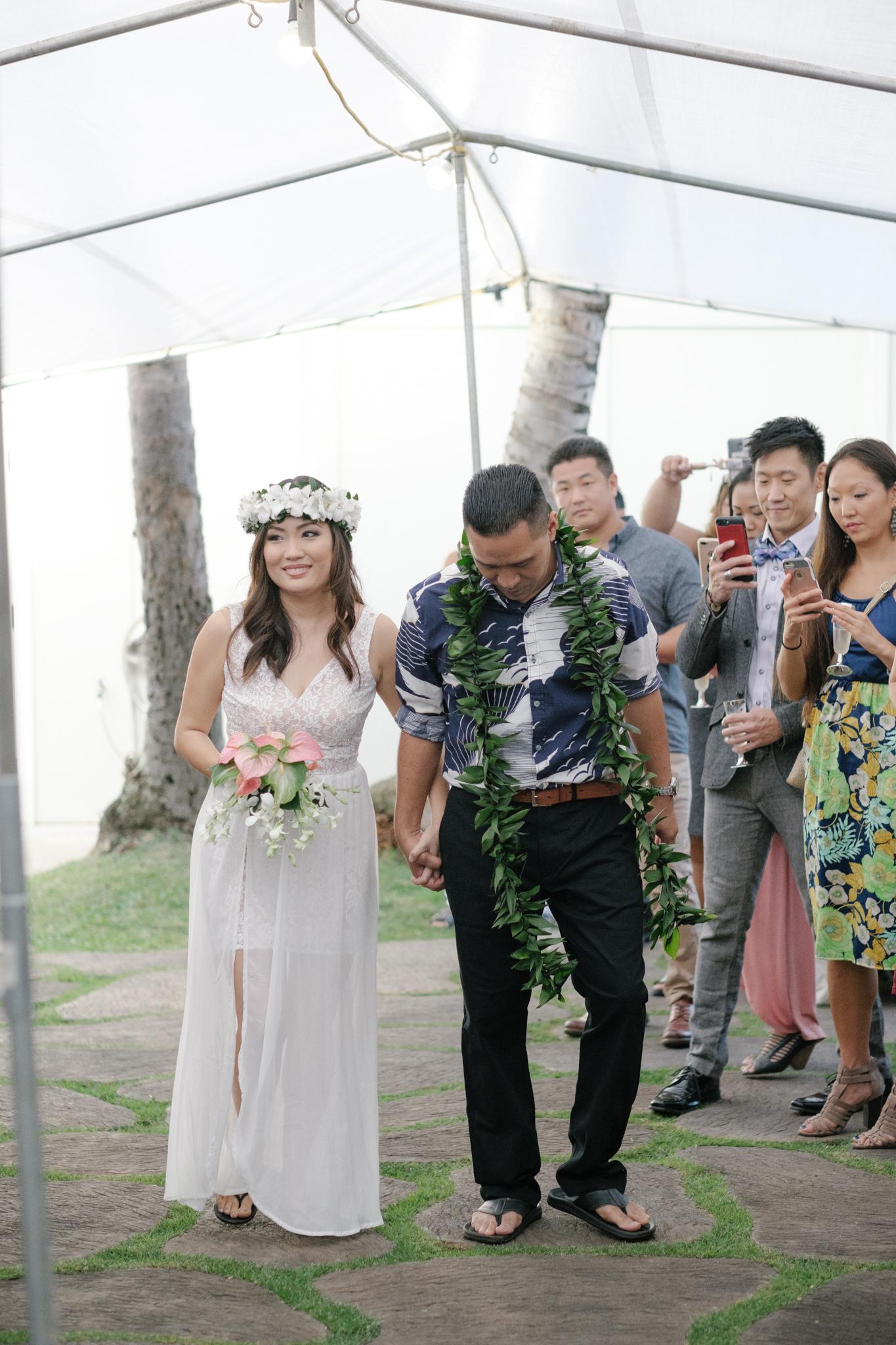 matt_emily_lanikai_wedding-13.jpg