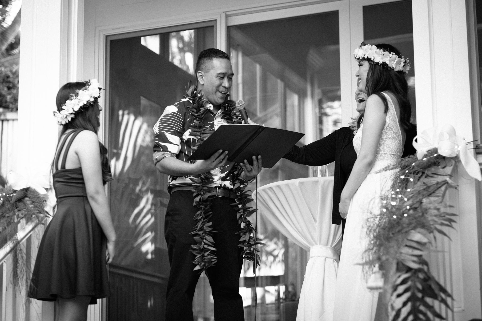 matt_emily_lanikai_wedding-42.jpg