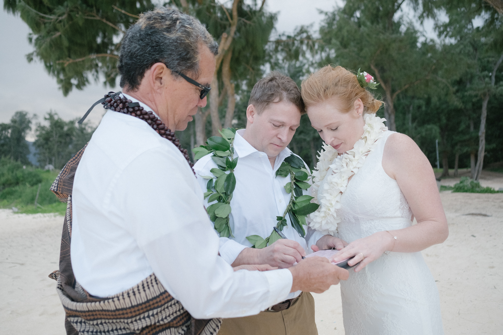 waimanalo_beach_wedding_photographer-34.jpg