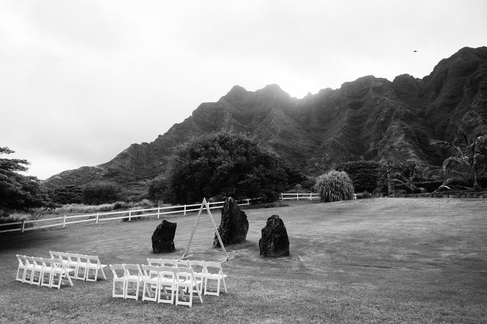 Kualoa_Ranch_Wedding_Photographer_Tone_Hawaii-3.jpg