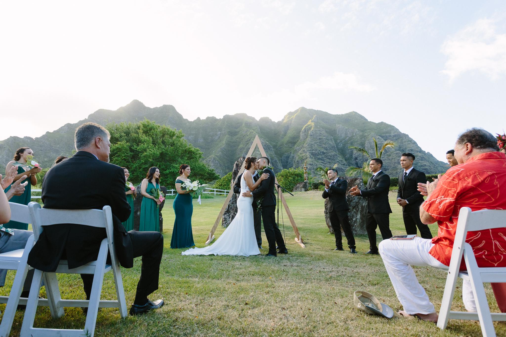 Kualoa_Ranch_Wedding_Photographer_Tone_Hawaii-24.jpg