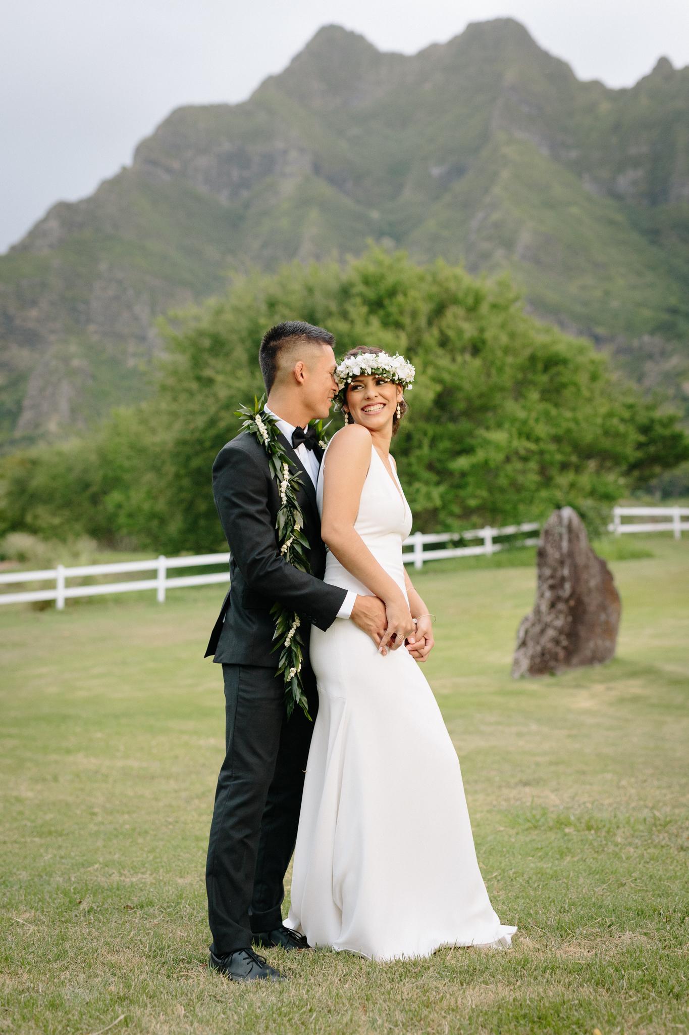 Kualoa_Ranch_Wedding_Photographer_Tone_Hawaii-35.jpg