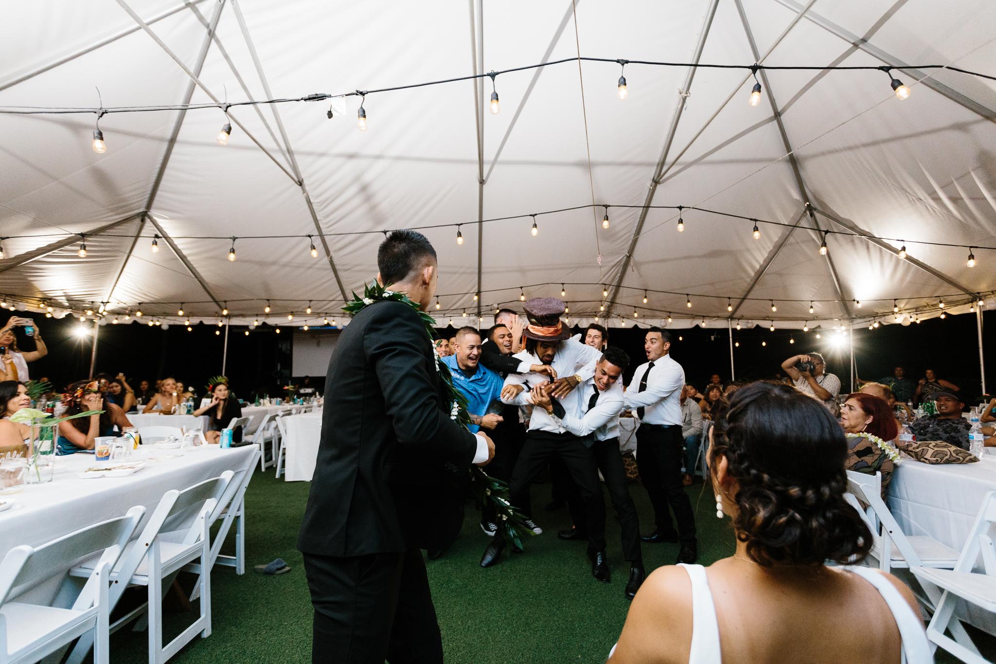 Kualoa_Ranch_Wedding_Photographer_Tone_Hawaii-58.jpg