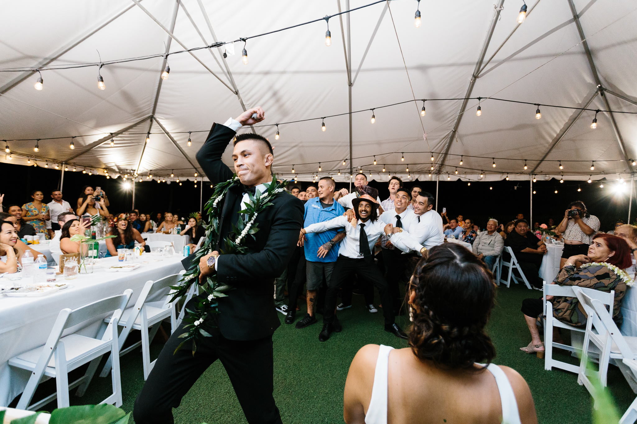 Kualoa_Ranch_Wedding_Photographer_Tone_Hawaii-57.jpg