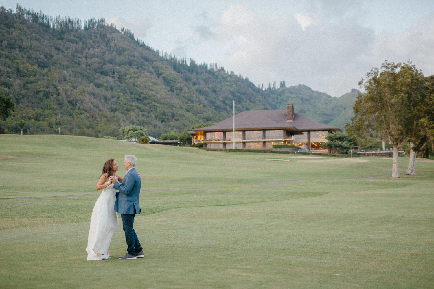 oahu-country-club-wedding-8.jpg