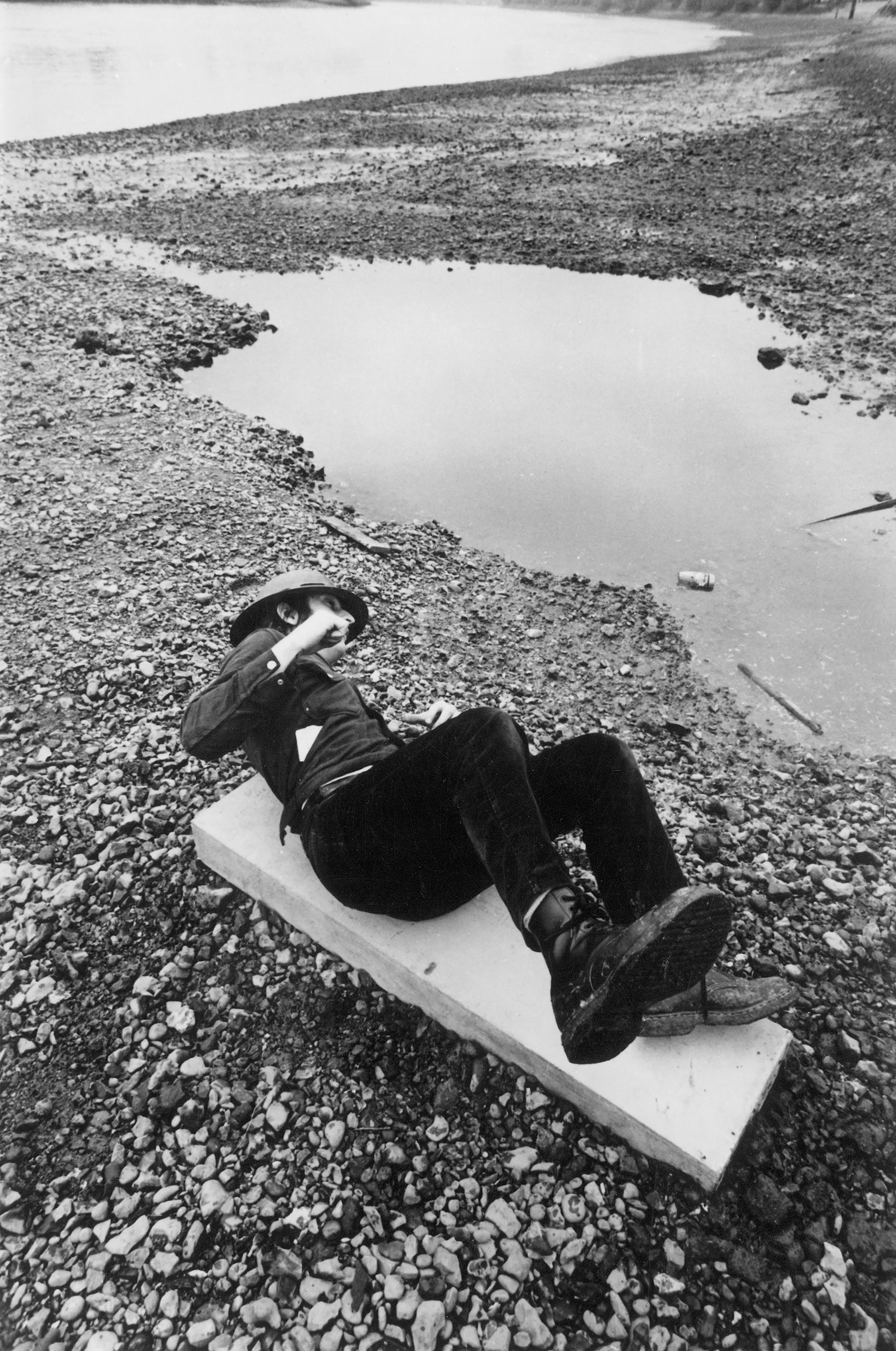bruce mclean, fallen warrior (1969). Photo by Dirk buwalda